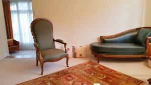 Canapés et Divan - Salle du verbal et de l'Emdr - Cabinet de Psychologie à Toulouse